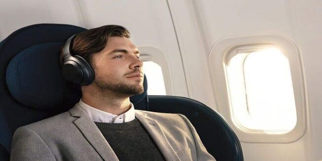 Best Noise-Canceling Headphones For Airplane